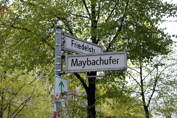http://stay-in-berlin.de/files/gimgs/22_schild.jpg