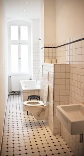 http://stay-in-berlin.de/files/gimgs/31_badsander04.jpg