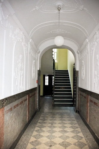 http://stay-in-berlin.de/files/gimgs/31_eingangsand01.jpg